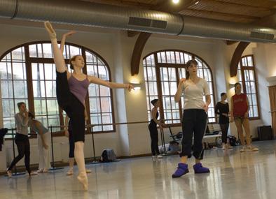 Daria Pavlenko girls solo class 16.jpg