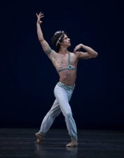 Het Nationale Ballet - Le Corsaire - foto Angela Sterling_140369