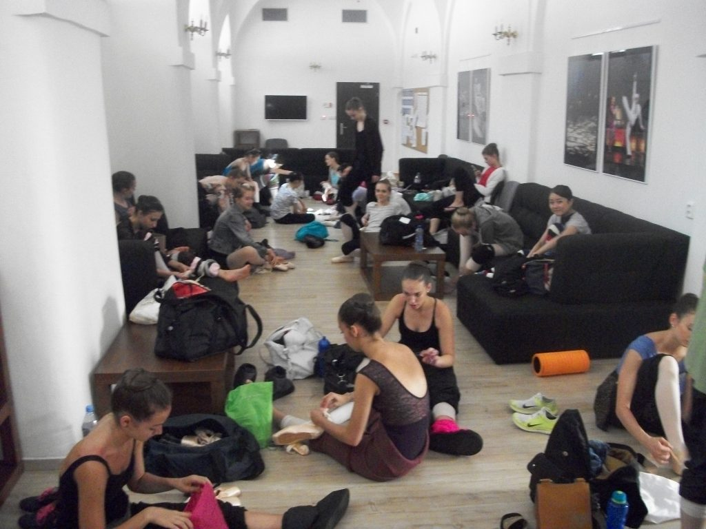 International Ballet Masterclasses in Prague 2016 Waiting their turn
